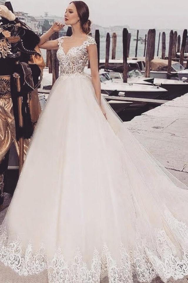 bc3cca5b99c Страница 1. Свадебные платья каталог